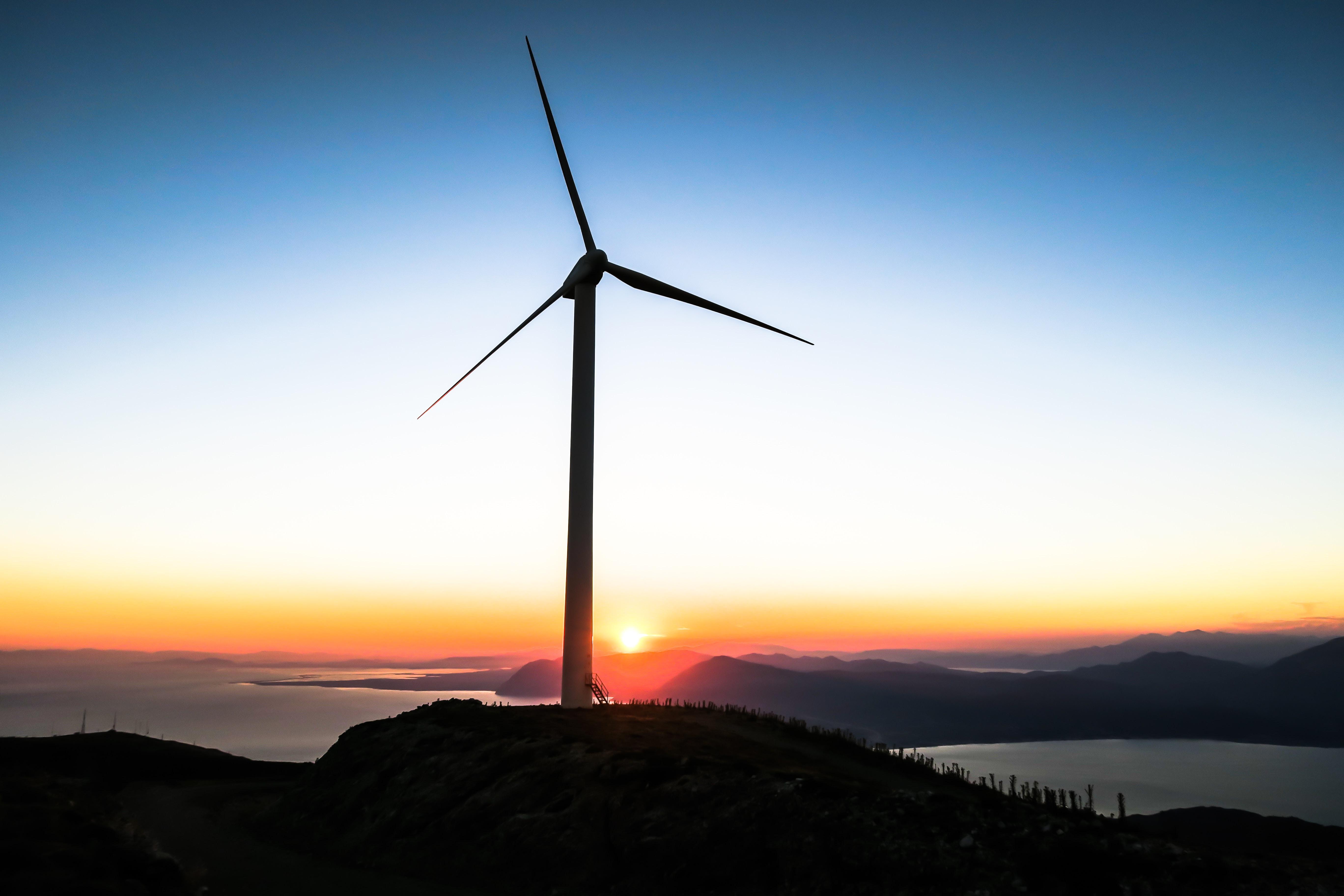 自然エネルギーを主力とするエネルギーミックスとは?