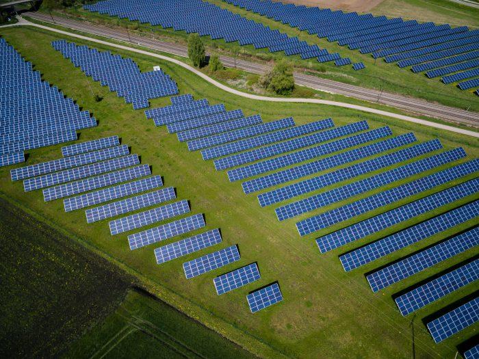 太陽光発電のCO2排出量について