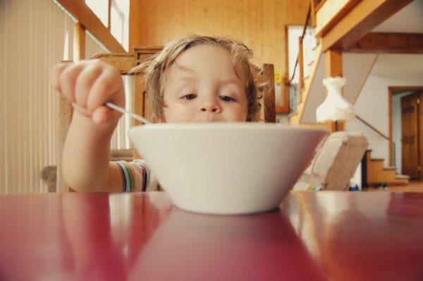 お腹と心を満たしてフードロス削減も! 「子ども食堂」は開かれた豊かな地域コミュニティー