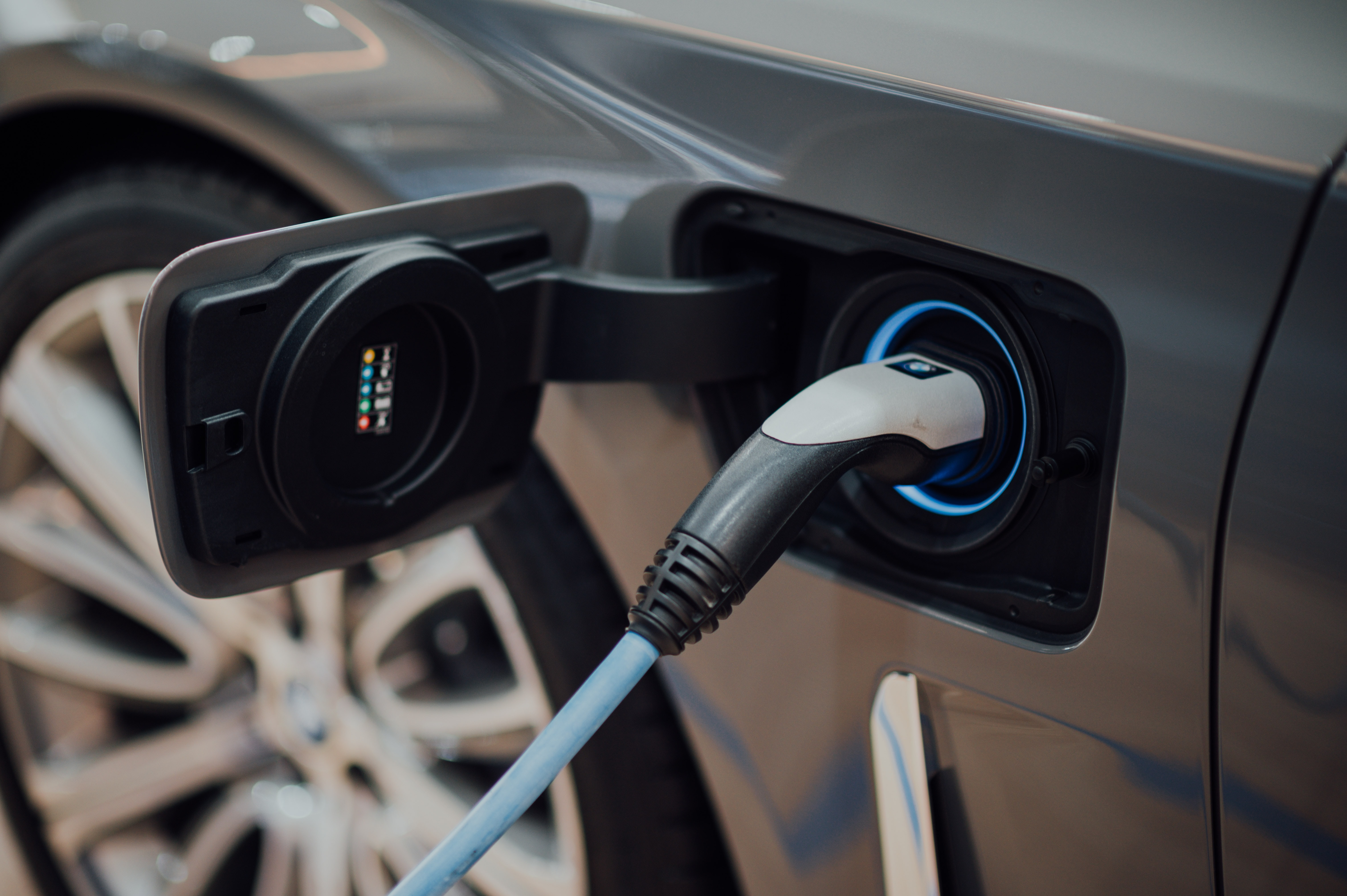 私たちの生活に欠かせないバッテリー その進化がもたらす環境に優しい社会